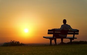 man-on-bench (akconline.com)